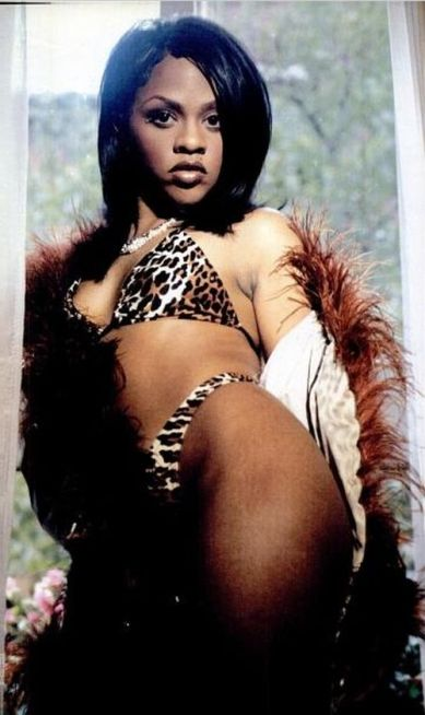Lil-Kim-young-photo